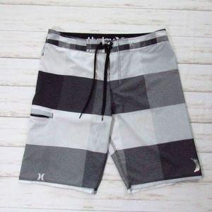 Hurley Men's Shorts 32